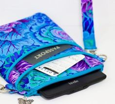 Easy Access Cross Body Bag – Sew and Sell!  A Digital Sewing Pattern Download from Sewn Ideas
