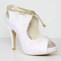 Ladies Vintage Bridal shoes  The 'Yellow Daisy' by ForeverSoles
