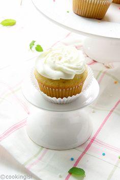 Vanilla Buttermilk Cupcakes, baking, cupcake, recipe