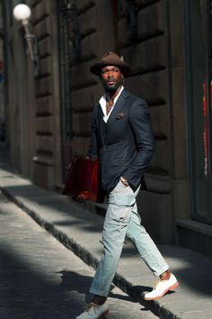 Devon Scott, tailored street style