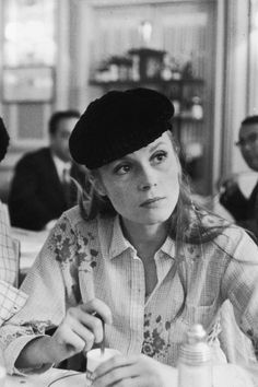 Jacques Demy, Catherine Deneuve, Emotional Photography, Photo Vintage, French Girls, Soft Classic, Vintage Photography, Gaia, Portraits