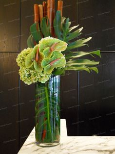 Modern Flower Arrangements Green Anthriums and Hydrangea - Reception Desk Hortensien Arrangements, H Hotel Flower Arrangements, Hortensien Arrangements, Contemporary Flower Arrangements, Tropical Floral Arrangements, Beautiful Flower Arrangements, Flower Centerpieces, Beautiful Flowers, Deco Floral, Arte Floral