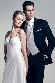 Artling, tailleur pour homme : veste sur mesure, costume de mariage sur  mesure. Tous les accessoires de mode pour les hommes sont vendus sur la  boutique d'Artling paris comme les ceintures sur mesure, les cravates  grenadine et les chaussettes pantherella.