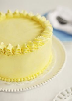 Pretty, simple cake decorating