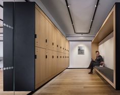 Bobst Library, Locker Designs, New York Office, Downtown New York, Timber Structure, Interior Design Awards, Public Seating, York University, Changing Room