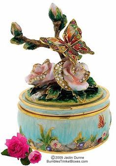 Trinket Box: Butterfly on Rose