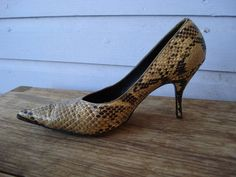 Vintage 1950s Shoes High Heel Stiletto Pointy Toed Snake 2012537