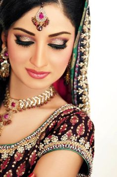 Indian bridal makeup, maang tikka, necklace, lehenga blouse, Indian bridal jewellery
