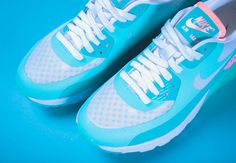 A Pastel and Icy Nike WMNS Air Max 90 Ultra BR
