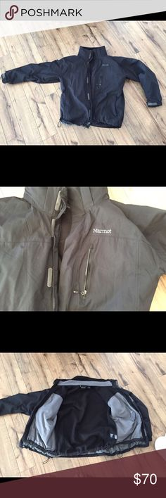 Marmot Men's Ridgetop Component Jacket (3-in-1) -Great condition - Has not been worn much in past 4 years  From Website: - Marmot membrain waterproof, breathable fabric - 100% seam taped 2-layer construction - Removable storm hood with laminated brim - Pitzips - Chest pocket with water resistant zipper - Zippered hand pockets - Internal zip pocket - Elastic draw cord hem - Driclime lined chin guard - Removable sweater knit fleece liner jacket - Angel-wing movement Marmot Jackets & Coats Ski…
