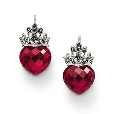 Thomas Sabo opened a shop in Vegas. I think I just might have to dip into my gambling money for these lovelies. Sooooo me!