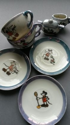 Vintage Mickey Mouse Child's Tea Set in Blue Lustreware- Mickey Mouse China Doll Dishes - Coll Mickey Mouse Toys, Vintage Mickey Mouse, Minnie Mouse, Disney Toys, Punk Disney, Disney Fun, Disney Movies, Disney Characters, Childrens Tea Sets