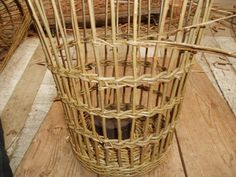 The last band of weave. just starting. Waste Paper, Paper Basket, Basket Weaving, Wicker Baskets, Craftsman, Weave, Display, Band, Handmade