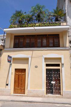 Casa Zenia Siglo V Owner:                  Zenia Cadalso Padilla               City:                    Havana                   Address:              Animas 512 entre Campanario y Manrrique     Breakfast:               Yes Lunch/ diner:            No  Number of rooms:    2