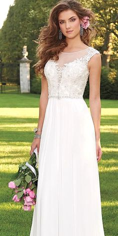 2015 Beach Wedding Dresses Sexy Off Shoulder Short Sleeve Backless Pleats Bow Knot Sweep Train