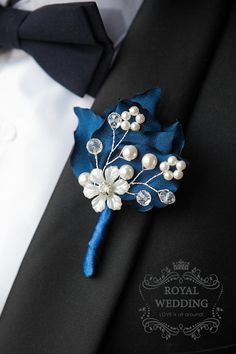 Wedding Boutonniere, Buttonhole, Navy Blue Wedding Boutonniere Groom Groomsmen Weddings Boutineer Father of the Bride Brooch Boutonniere New! Beautiful wedding boutonniere. Navy blue hydrangea petals decorated with a cluster of pearls, crystals and beauty flower with bead in the