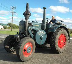 Lanz Bulldog in Taranaki, New Zealand   Lanz Bulldog tractor…   Flickr