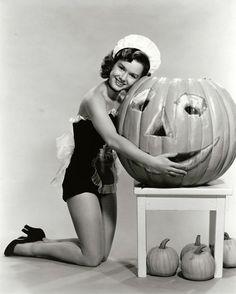 Debbie Reynolds Halloween pinup, 1950. Vintage Halloween :)