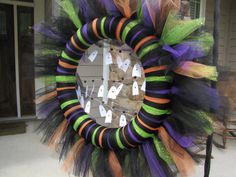 Festive Halloween Tulle Wreath with Ghost Garland - pinned by pin4etsy.com