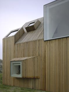 House Beirings, A Modern Dutch Farmhouse By Rocha Tombal Architects – Architecture Wood Architecture, Minimalist Architecture, Residential Architecture, Architecture Details, Modern Wooden House, Wooden House Design, Alcacer Do Sal, House Window Design, Wooden Facade