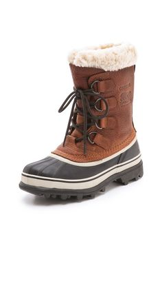classic sorel snow boots - a must have for Chicago winters!