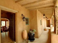One of my dreams is to own a beautiful adobe house in Santa Fe. Get more photo about home decor related with by looking at photos gallery at the bottom of this page. Adobe Haus, Cob Building, Mud House, Santa Fe Style, Spanish Style Homes, Spanish Revival, Spanish Colonial, Tadelakt, Natural Homes
