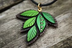 Green Leaf Necklace 18 inch by Mandarin Duck Organic style