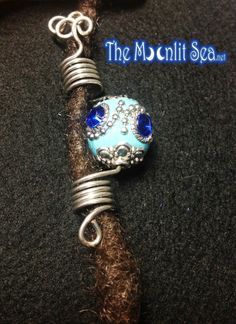Items similar to Coilz - Loc Jewelry / Hair Jewelry for Locs, Dreadlocks, Braids, Twists, Hair Falls - Silver with Large Ornate Blue Bead on Etsy Dread Jewelry, Dreadlock Jewelry, Dread Beads, Diy Wig, Hair Cuffs, Wire Crafts, Faux Locs, Hair Ornaments, Wire Work