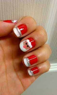 Who doesn't love properly manicured and well-groomed christmas nails. Ensuring you get as creative with your christmas nails as you are with your clothes is the industry of christmas nail art designs. Do It Yourself Nails, How To Do Nails, Cute Nails, Pretty Nails, Funky Nails, Nail Art Noel, Santa Nails, Nailed It, Uñas Fashion