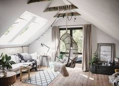 Comment create the nouvelles pièces lors de la rénovation d'une maison Boutique hotel Villa Kranenbergh – Piet Jan van den Kommer – Piet Jan van den Kommer Industrial Bedroom Design, Attic Apartment, Modern Loft, Loft Design, Loft Spaces, New Room, Room Inspiration, Sweet Home, New Homes