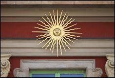 Ruska 6 #Wroclaw #Poland #Breslau #tenement #architecture #sun #monument Poland, Chandelier, Ceiling Lights, Sun, Architecture, Home Decor, Arquitetura, Homemade Home Decor, Candelabra