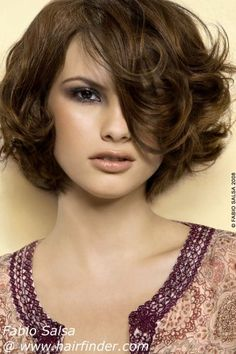short bob with volume-hairfinder.com