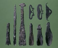 Different types of drill and fire steel from Tissø.
