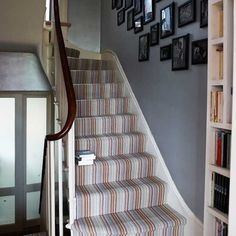 Vermietung von Hochzeitsteppichläufern ID: 6308359985 – Flur Living Room Carpet, Bedroom Carpet, Living Room Decor, Hall Carpet, Carpet Stairs, Hallway Furniture, Furniture Decor, Furniture Storage, White Hallway