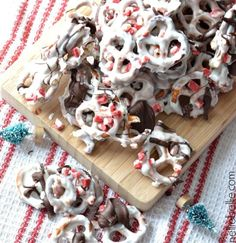 12 Yummy Christmas Candy Recipes Every Kid Will Love   http://homemaderecipes.com/christmas-candy-recipes/