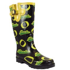 @Overstock - These Campus Cruzerz rubber rainboots are made to keep your feet nice..I want these lol