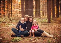 what to wear ideas.  photo session. family-photographer-pittsburgh. Mary Beth Miller Photography