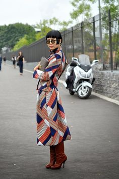 there she is again. being über interesting. #NaYoungKim in Paris.