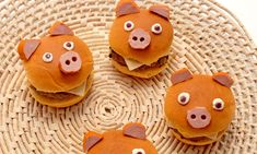 HAMburgers fun for kids Animal Shaped Foods, Animal Themed Food, Cute Breakfast Ideas, Bbq Pork Sandwiches, Kids Packed Lunch, Japanese Food Art, Food Art For Kids, Childrens Meals, Cooking Classes For Kids