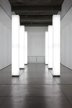 Gering & Lopez Gallery - Light installation by Simon Ungers