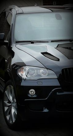 BMW X5--Had one of these. Will be buying another.