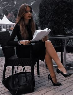No credit card needed Join now It's totally FREE! Free Hookup Site,Meet Local Women Looking For S. Classy Outfits, Chic Outfits, Fall Outfits, Fashion Outfits, Womens Fashion, Woman Outfits, Women Lawyer, Look Office, Mein Style