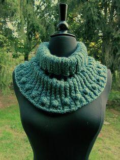 Neck Scarf Cowl green teal by OriginalsByAnnemarie