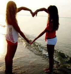 Best friend photo! Hayley and Grace, we have to do this!