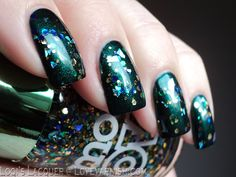 H Envy Me topped with Models Own Dancing Queen. #Nailart #Nailpolish #Polish #Swatches #Glitter