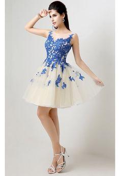 #Rochie #eleganta cu #broderie albastra si tulle alb.