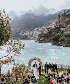 Spectacular sea side wedding at Villa Tre Ville in Positano Wedding Venues Italy, Destination Wedding Locations, Wedding Places, Italy Wedding, Weddings In Italy, Italian Wedding Venues, Italian Weddings, Luxury Wedding Venues, Wedding Songs