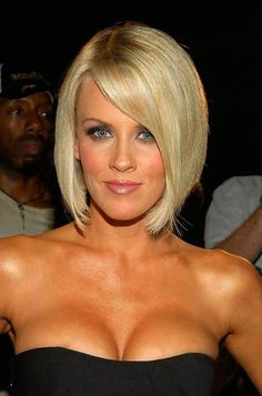 Bobbed Hairstyles Shorter in Back | Picture of Jenny McCarthy latest hairstyles: short sleek blonde bob ...