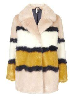 1d7f8a1223f21 1616 meilleures images du tableau fourrure en 2019   Fur, Woman ...