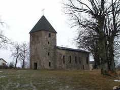 Wollseifen L'église! Pour ceux qui se sont fait surprendre..... Maria, le dress, les deux jerricans de mazout et la lampe tempête placée peut de temps avant dans l'église!